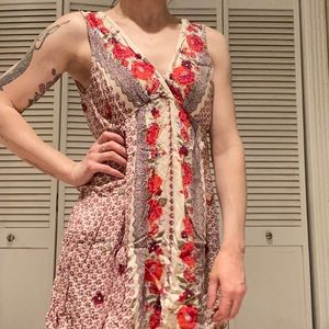 Angie • Large floral dress